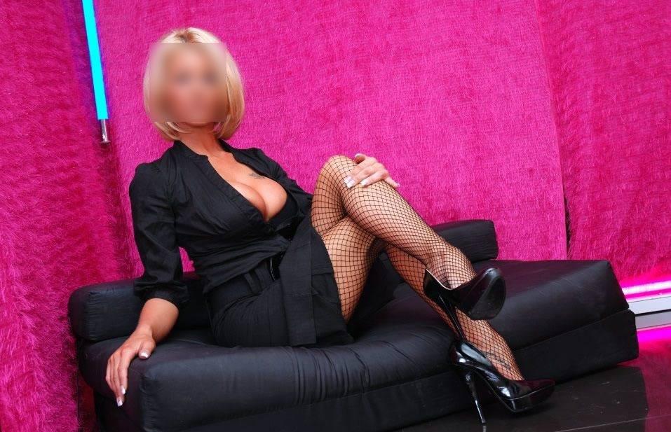 Mistress Gaia, veneziana in cerca di sessioni bondage